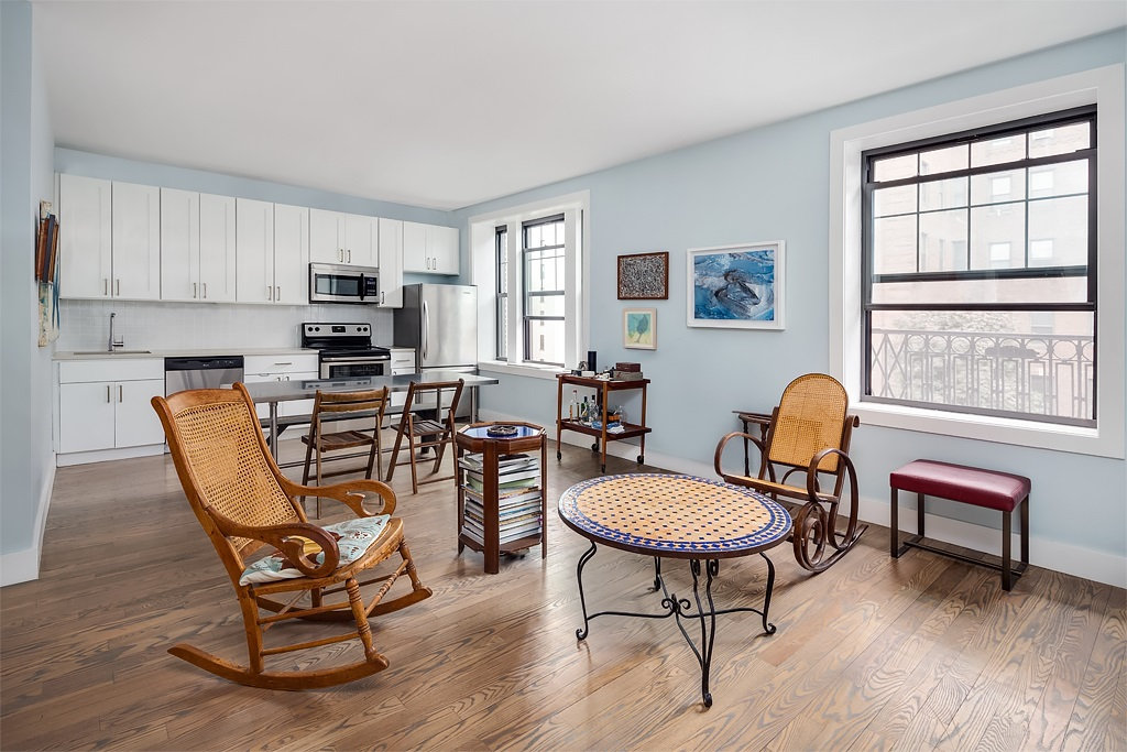 IN CONTRACT:  35 Clarkson Avenue, 1C - Prospect Lefferts