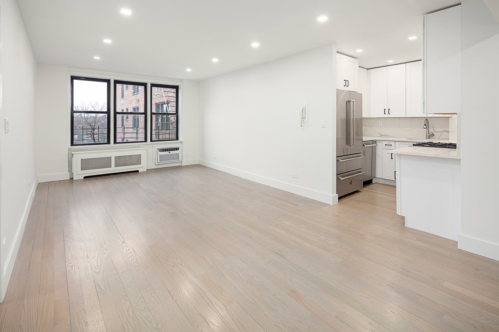 35-20 Leverich Street - Jackson Heights
