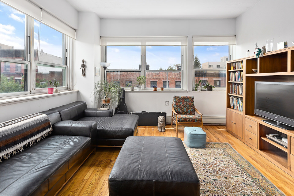 RENTED: 505 Court St - Carroll Gardens